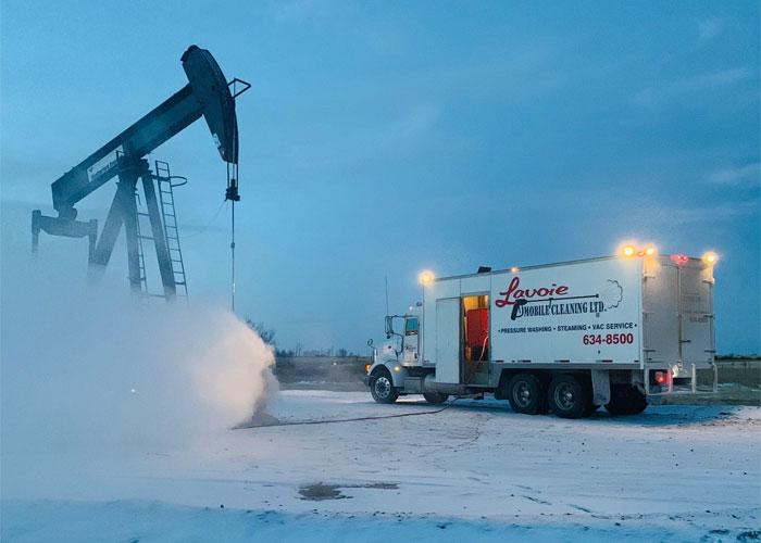 steam truck oil field
